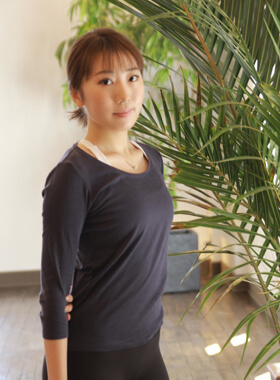 BRAVE神戸元町Pilates   instructor HIYORI